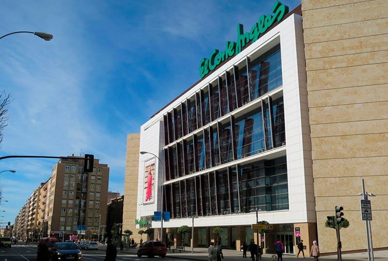 La fachada de El Corte Inglés de Salamanca.