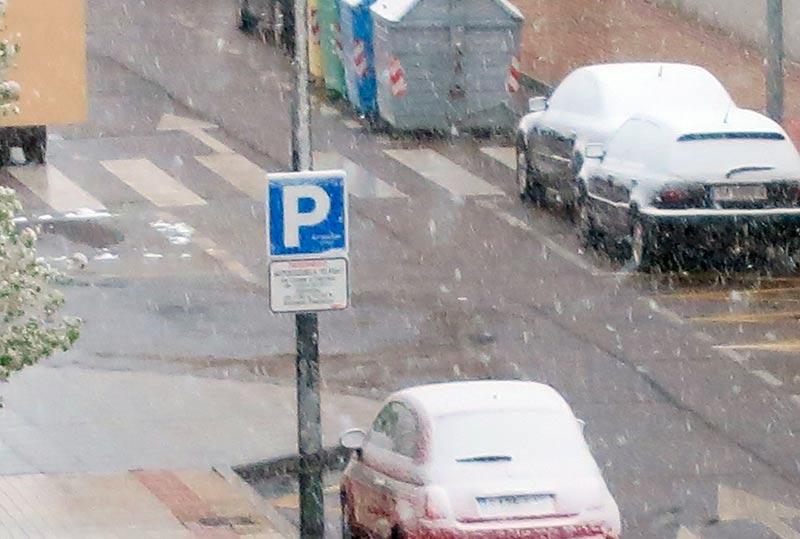 La nevada de esta madrugada ocasionó dos accidentes con heridos.