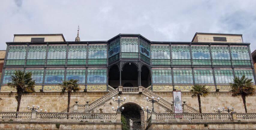 Historia de la Casa Lis de Salamanca