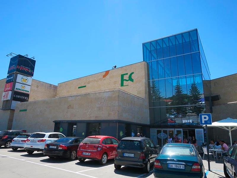 El centro comercial El Tormes.