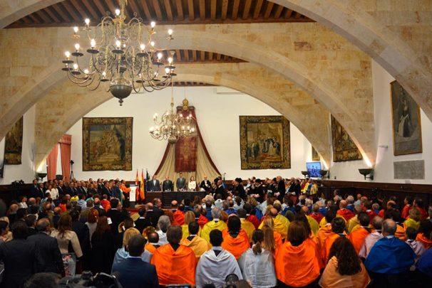 reyes usal El Paraninfo de la Universidad acogió la apertura académica del curso 2017-18.