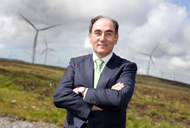 Ignacio Galán en el complejo eólico escocés de Whitelee