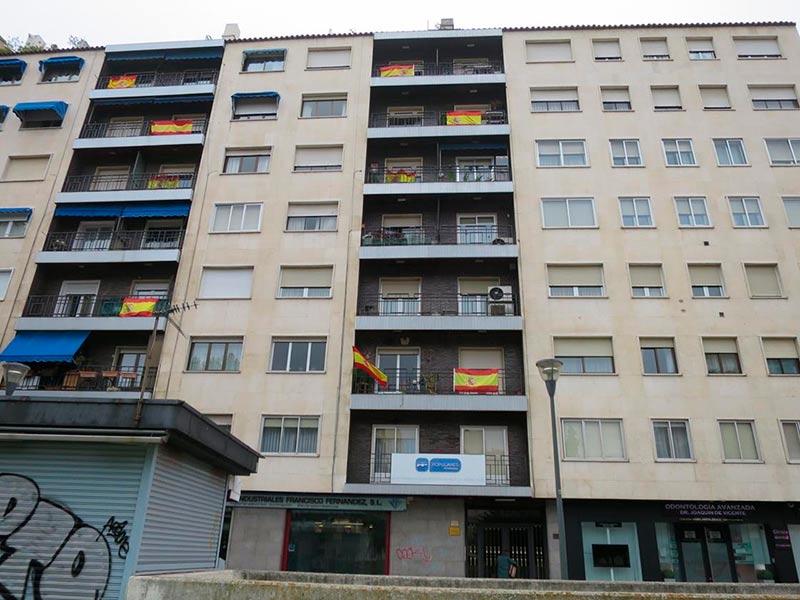 banderas españa sede pp