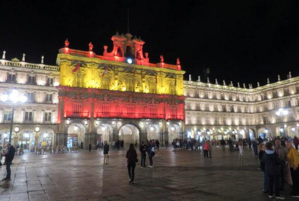 plaza mayor bandera españa (1)