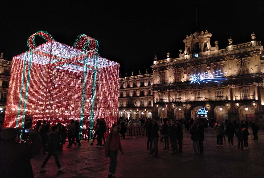 plaza iluminacion navideña (3)