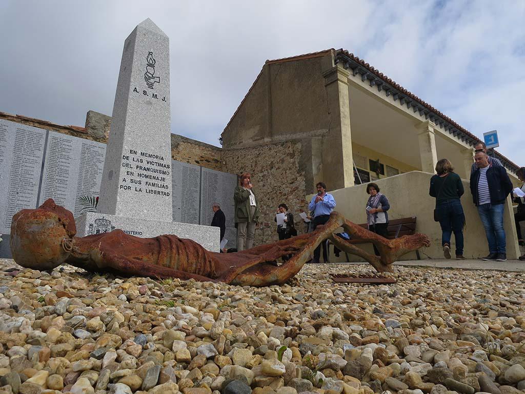 Asociación Memoria y Justicia, Memorial Cementario, II República (2)