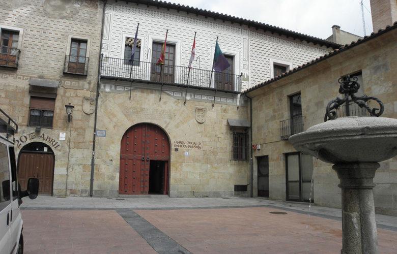 Cámara Oficial de Comercio e Industria, en la plaza de los Sexmeros (Salamanca, 8 mayo 2019).