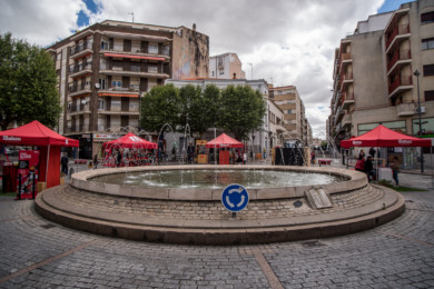 plaza oeste