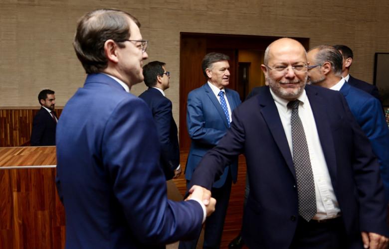 ICAL igea mañueco acuerdo investidura pacto gobierno junta