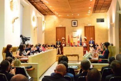 pleno ayuntamiento toma posesion carbayo (6)