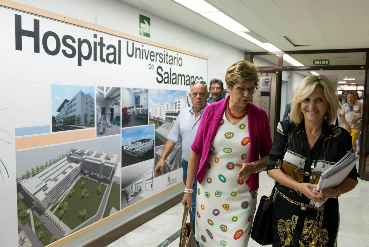 consejera de Sanidad, Verónica Casado y manuela plaza