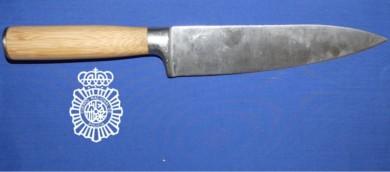 cuchillo amenazas