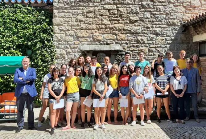 iberdrola inmersion linguistica diplomas en Villarino