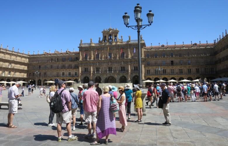 turistas turismo plaza mayor julio 19