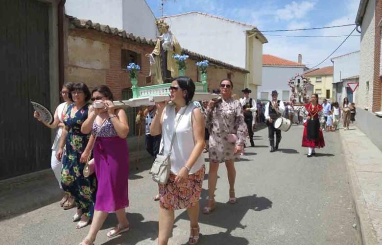 villoruela fiestas procesion carmen (1)
