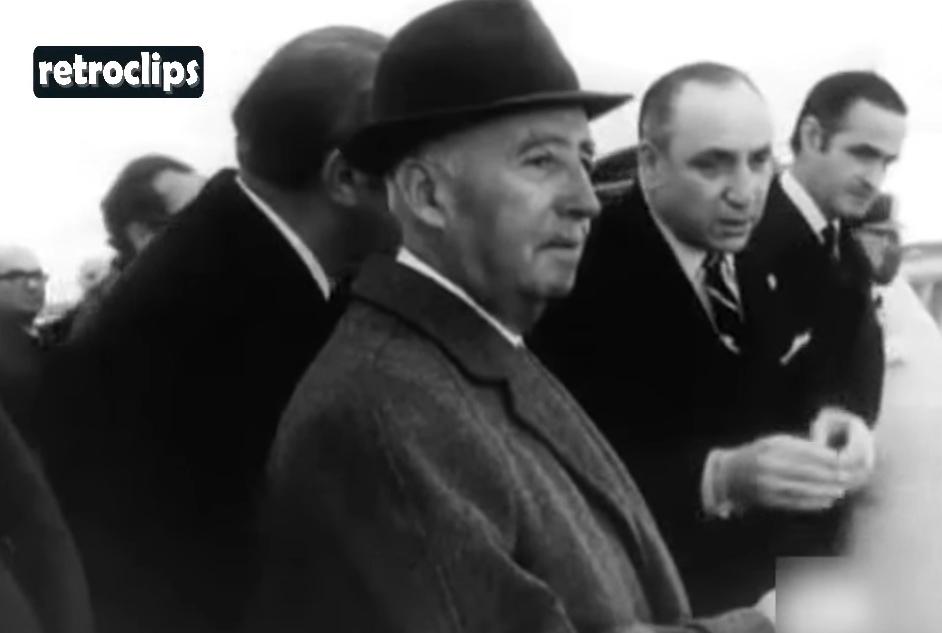 El dictador Francisco Franco en la inauguración de la presa de Almendra.