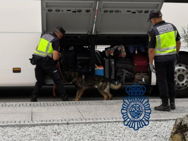 policia nacional control fuentes oñoro frontera (2)