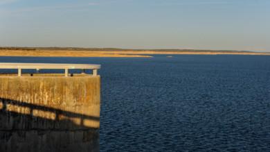 La presa de Almendra comenzó a construirse el 28 de agosto de 1964.