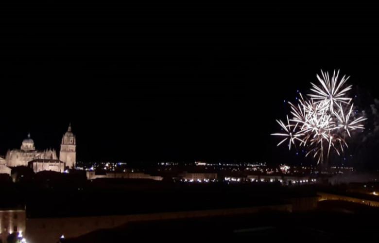 Fuegos artificiales en Salamanca.