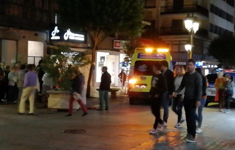 Una persona mayor precisó la asistencia médica en la calle Zamora.