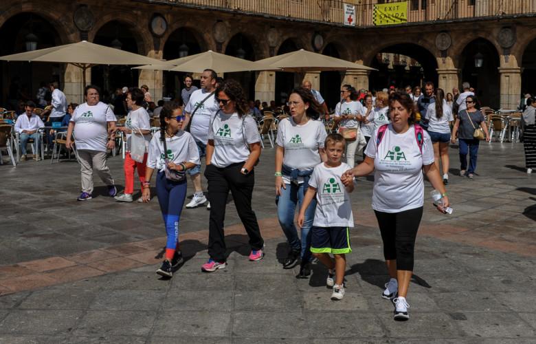 AFA organizó una marcha para visibilizar el Alzheimer en Salamanca.