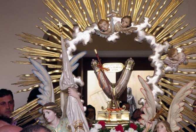 alba fiestas santa teresa procesion brazo (3)