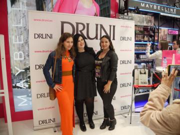 Dianina XL inaugura Druni en el CC El Tormes (4)