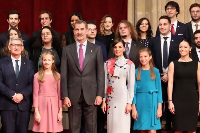 La Familia Real y los premiados en los Premios Princesa de Asturias. Foto. Casa Real.
