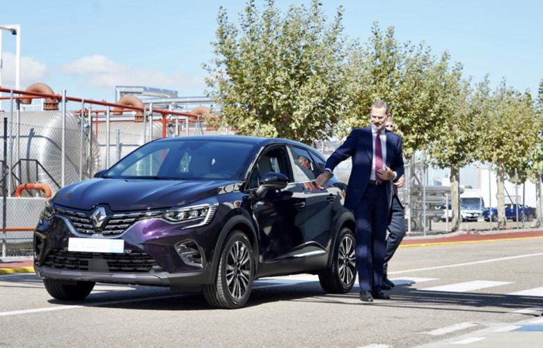 Miriam Chacón / ICAL Felipe VI prueba el nuevo Captur en su visita las instalaciones de la factoría de carrocería y montaje de Renault