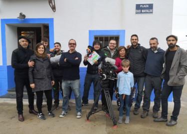 ICAL El realizador salmantino Gabriel Velázquez (gafas oscuras), en el rodaje de 'Zaniki', que participa en la sección Castilla y León en Largo, en la 64 Seminci