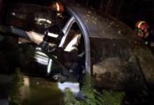 Bomberos León / ICAL Dos personas fallecidas en un accidente de tráfico en La Robla (León)