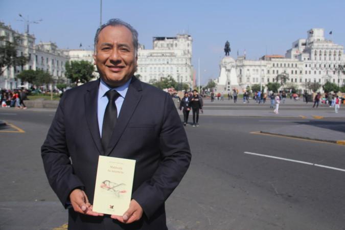 Héctor Ñaupari, poeta peruano, que participa en el encuentro de Poetas Iberoamericanos en Salamanca.