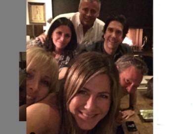 Jennifer Anistos y sus compañeros de Friends. Foto. Instagram.