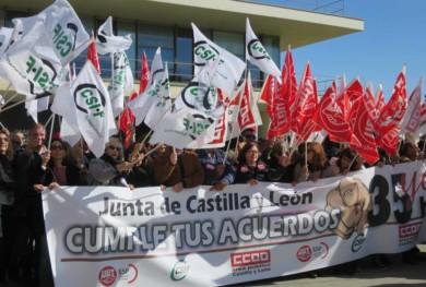 protesta 35 horas junta funcionarios (1)