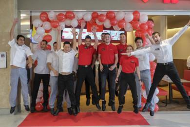 Los trabajadores del VIPS Smart en El Tormes os dan la bienvenida.