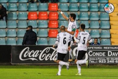 El Salamanca CF UDS venció por tres goles a cero al Barakaldo en El Helmántico. Foto. Salamanca CF UDS. Alex López.