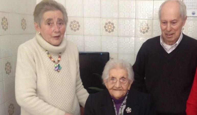Anciana murió unas horas después de saber que su marido había fallecido
