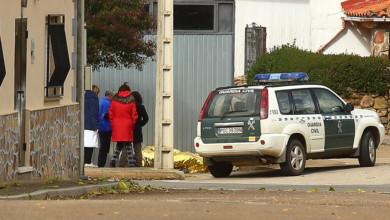 Ical / ICAL Una persona falleció hoy en la localidad salmantina de Morasverdes, en la comarca de Ciudad Rodrigo, tras ser atropellado por una carretilla mecánica en el interior de una nave ubicada en la carretera de Béjar.