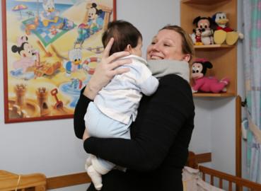 Rubén Cacho / ICAL La consejera de Familia e Igualdad de Oportunidades, Isabel Blanco, visita la residencia de acogida de menores 'El Carmen'