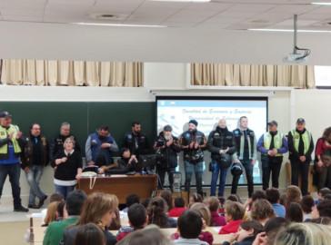 Las II Jornada Contra el Ascoso Escolar 'Tiende tu mano' se celebraron en la Facultad de Ciencias Sociales de la Universidad de Salamanca.