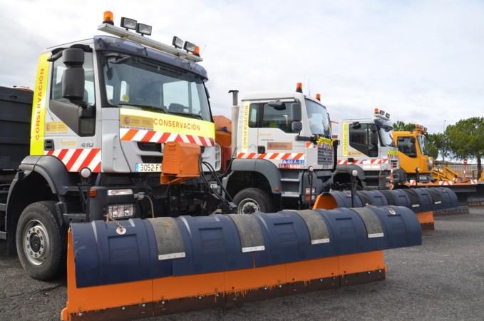 quitanieves maquinas sal centro conservacion carreteras (5)