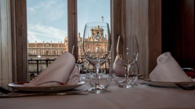 El Berysa, establecimiento ubicado en plena Plaza Mayor, ofrece seis propuestas de menús para triunfar en las comidas y cenas de Navidad con compañeros, familiares o amigos.