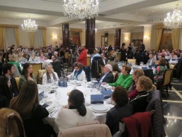 Alcaldes, concejales, afiliados y simpatizantes populares celebran la comida de Navidad.