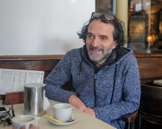 Chema de la Peña es el productor del documental sobre Carmen Martín Gaite, La Reina de las Nieves, luces y letras, que comienza a rodarse el viernes 13 en Salamanca.