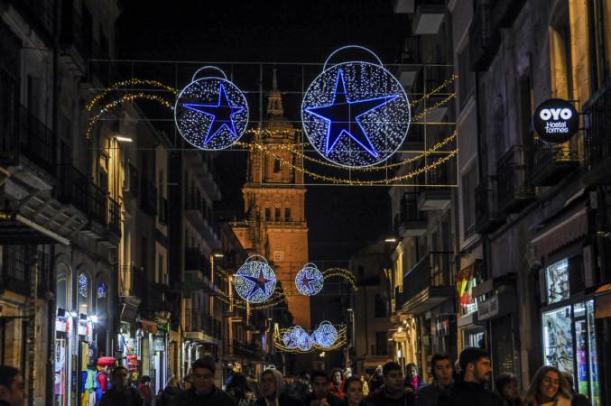 La iluminación navideña de la calle la Rúa. Salamanca