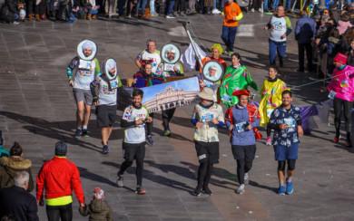 Los Medallones de la Plaza Mayor 'corrieron' la San Silvestre Salamantina.