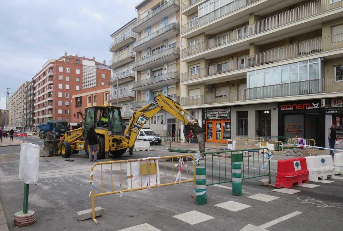 avenida comuneros corte por obras agua (2)