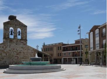 carbajosa plaza constitucion ayuntamiento iglesia