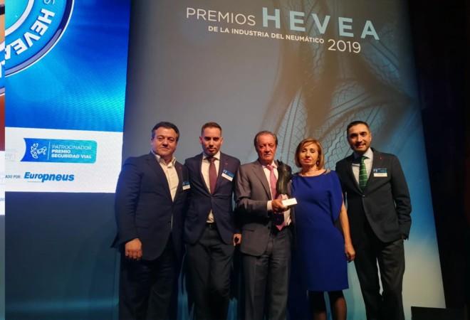 Eustaquio Andrés, el empresario salmantino, recibió el premio Hevea a su trayectoria profesional.