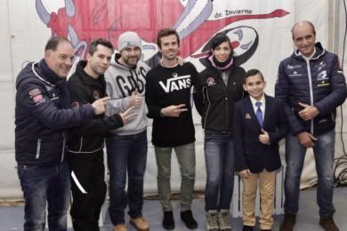 ICAL Nico Terol entrega los premios Dani Rivas a los pilotos infantiles Diego Andrés González Menegollo y Jesús Río Maldonado.